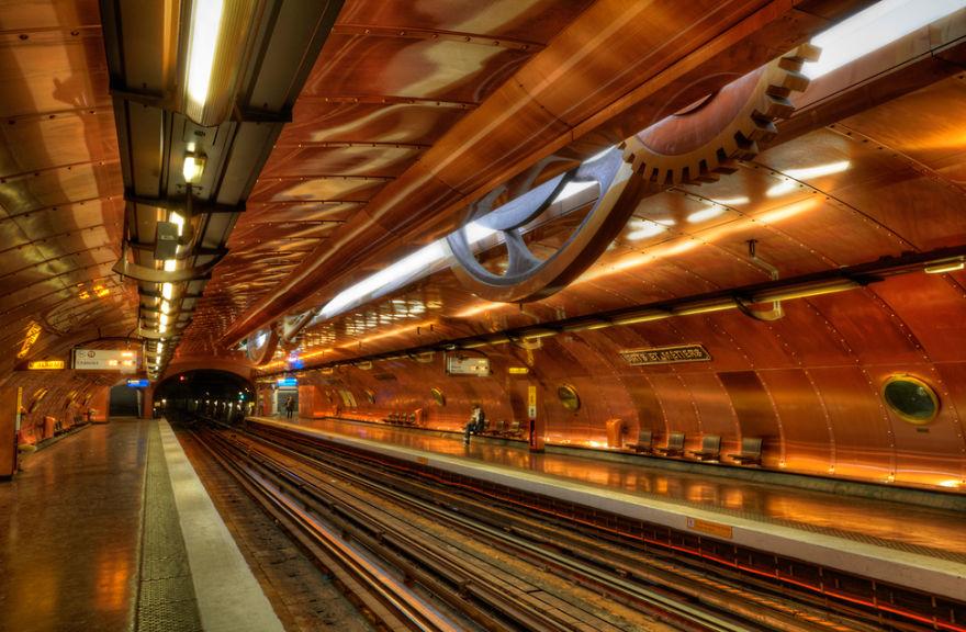 estaciones-metro-impresionantes-11