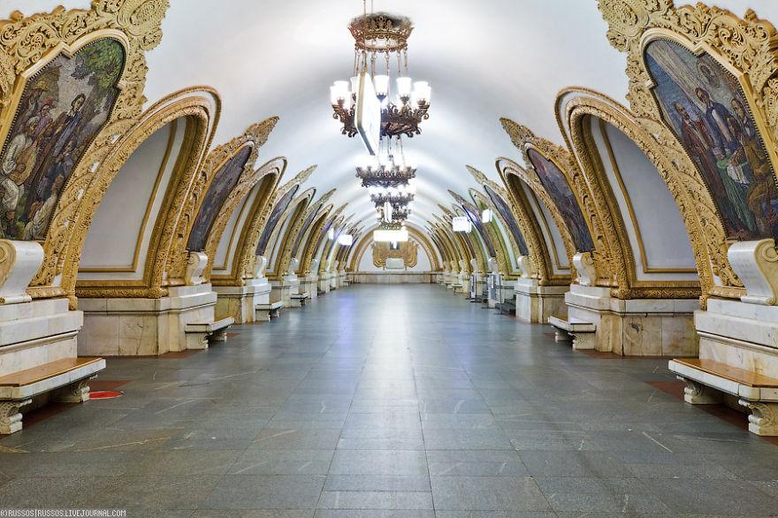 estaciones-metro-impresionantes-4