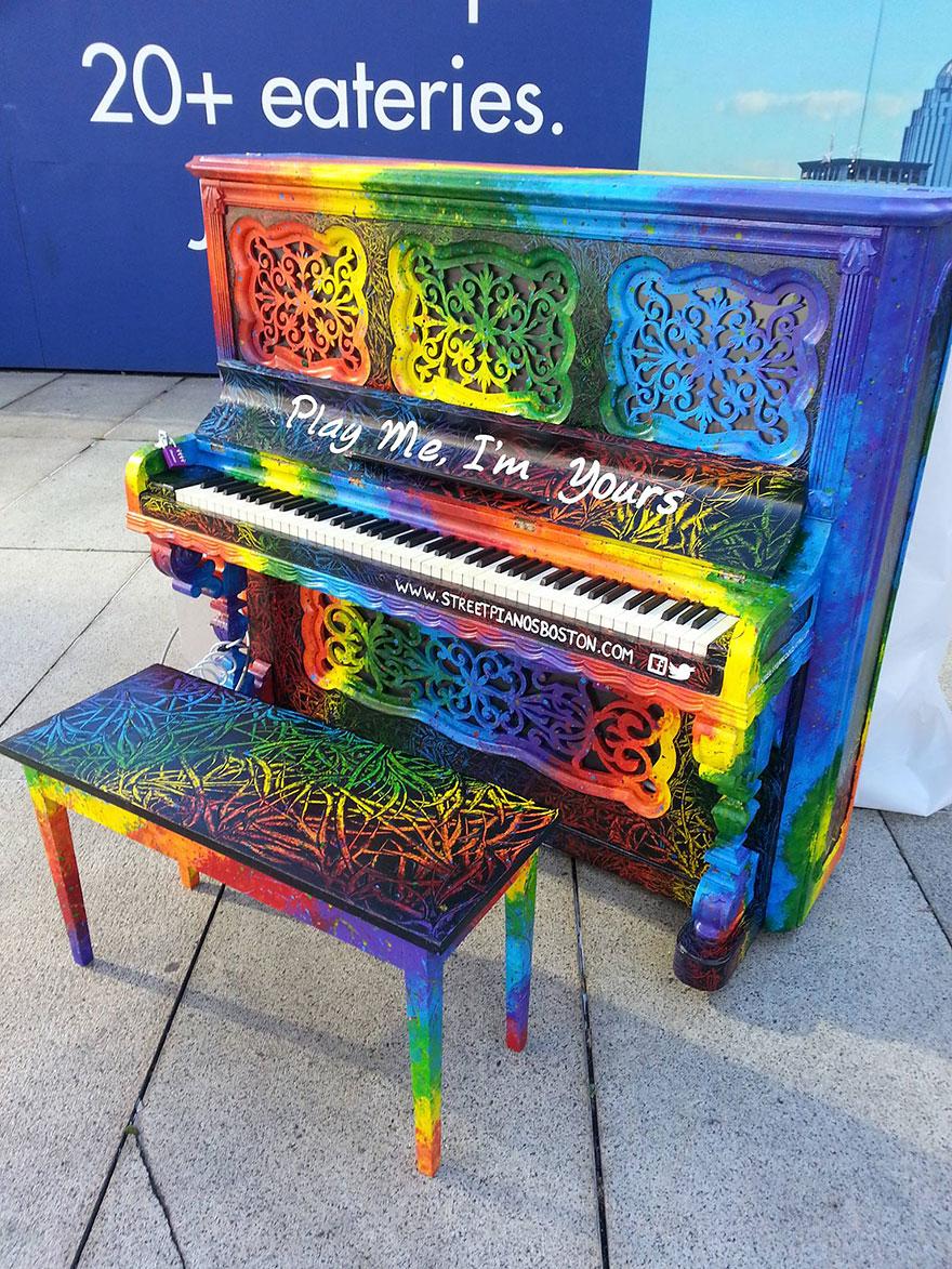 Pianos de la calle Pianos-callejeros-tocame-soy-tuyo-13