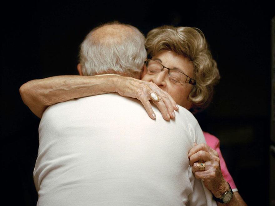 retratos-parejas-amantes-50-anos-lauren-fleishman (11)
