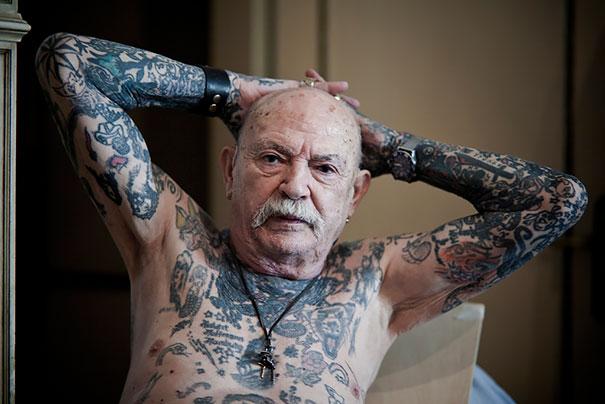 ancianos-tatuados (14)