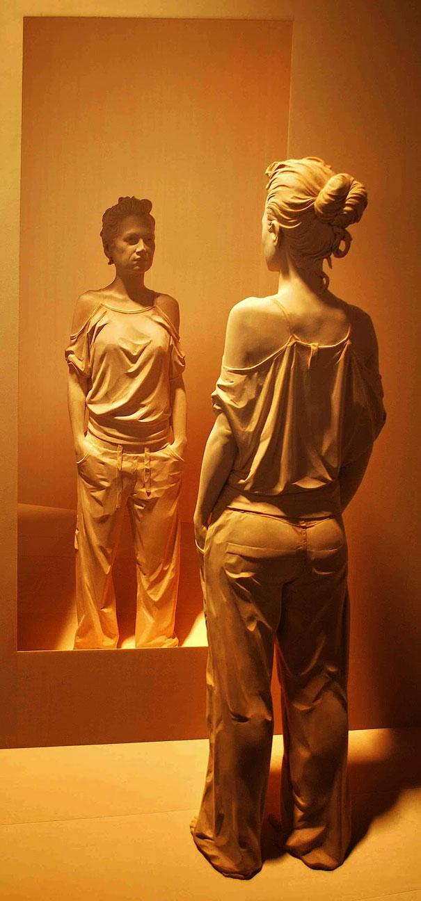esculturas-madera-realistas-peter-demetz (2)