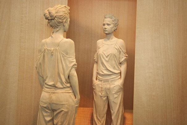 esculturas-madera-realistas-peter-demetz (8)