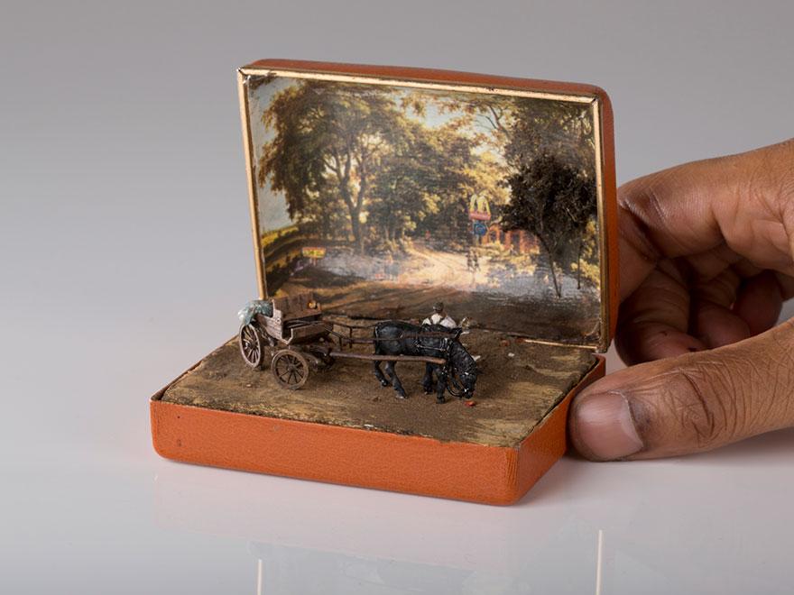 mini-dioramas-historicos-cajas-anillos-talwst (3)