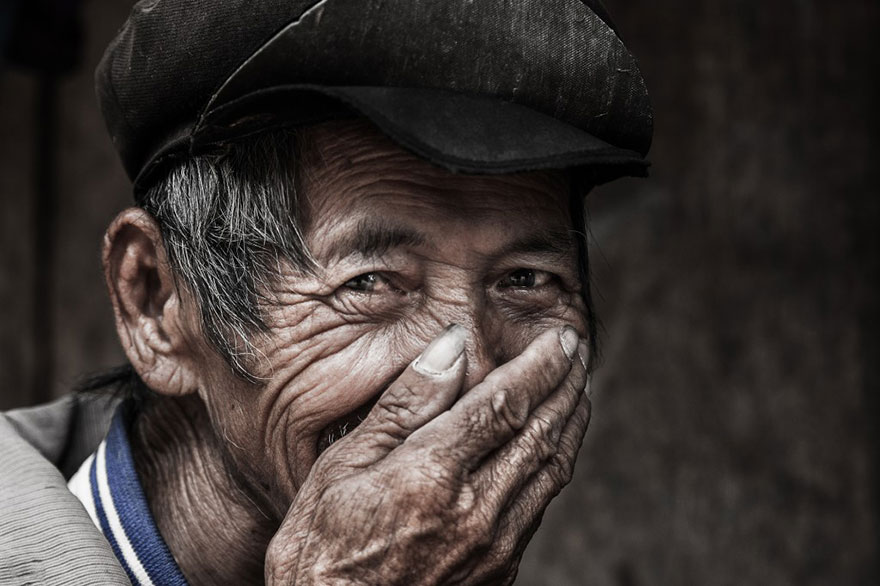 retratos-sonrisas-escondidas-rehahn-vietnam (8)