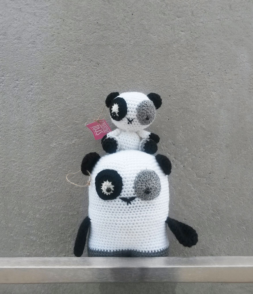 pandas-ganchillo-juguetes-tojsou-tojs (1)