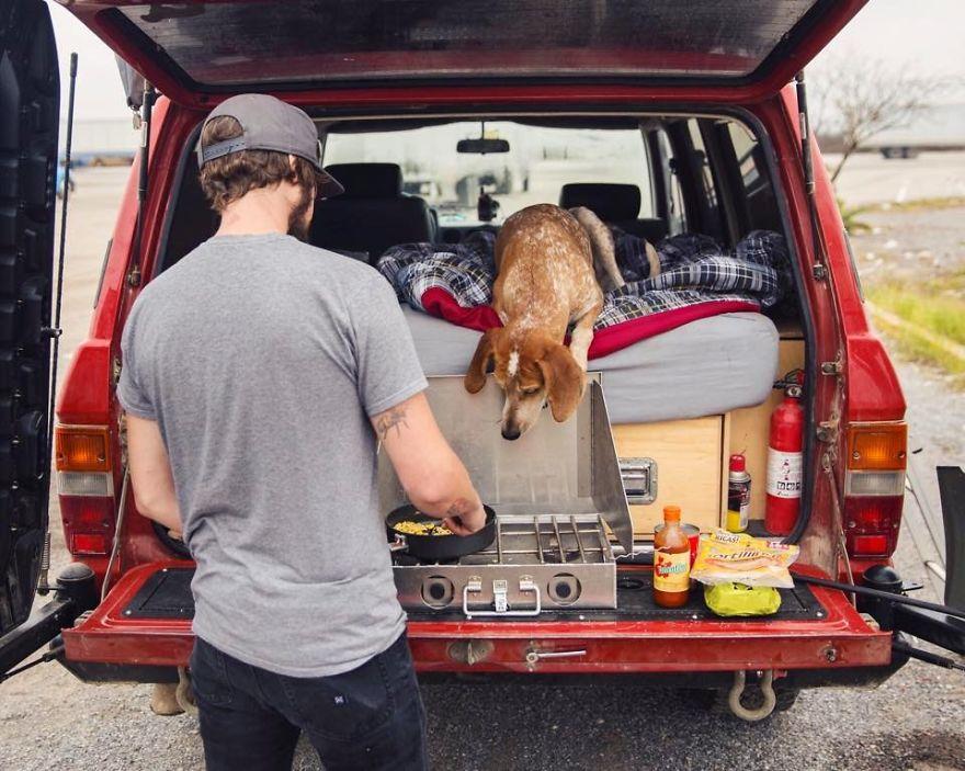 perro-maddie-viajes-moto-theron-humphrey (19)