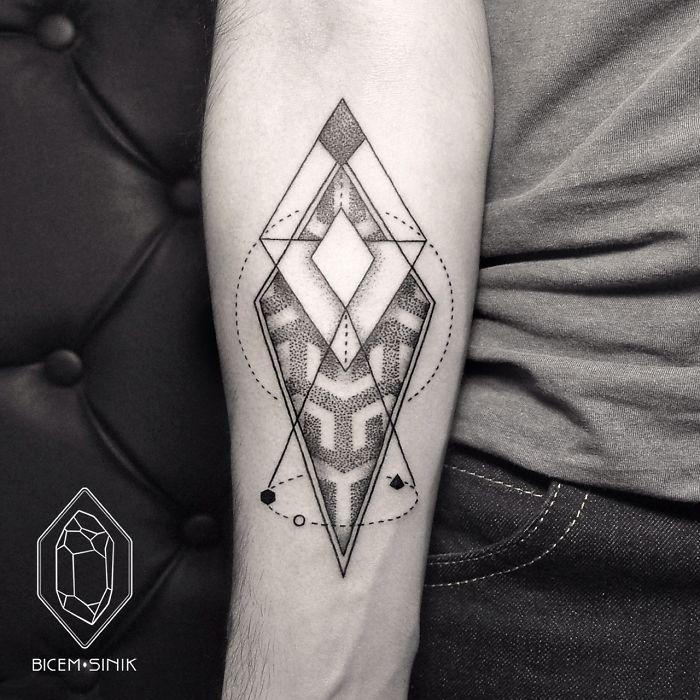 Esta tatuadora turca demuestra que menos es m s con for Minimalist bedeutung