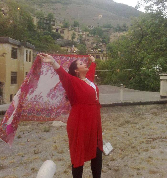 protesta-contra-velo-hijab-obligatorio-iran-masih-alinejad (10)