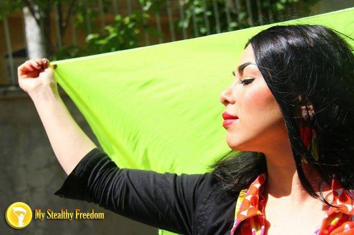 protesta-contra-velo-hijab-obligatorio-iran-masih-alinejad (11)