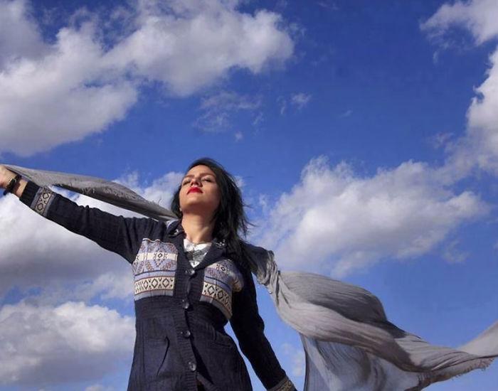 protesta-contra-velo-hijab-obligatorio-iran-masih-alinejad (13)