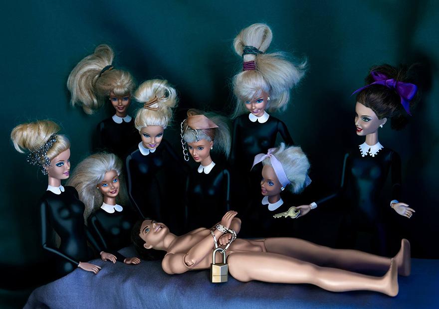 Barbie se cuela en la historia del arte - Cosmo TV