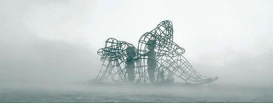 escultura-amor-ucrania-aleksandr-milov-burning-man-festival (1)