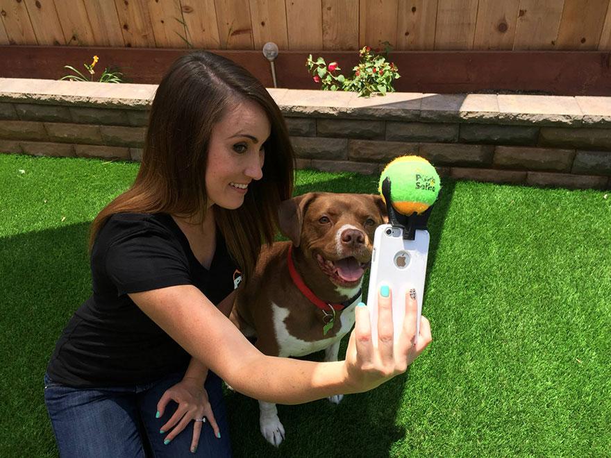 pooch-selfie-accesorio-movil-perros-jason-hernandez (4)