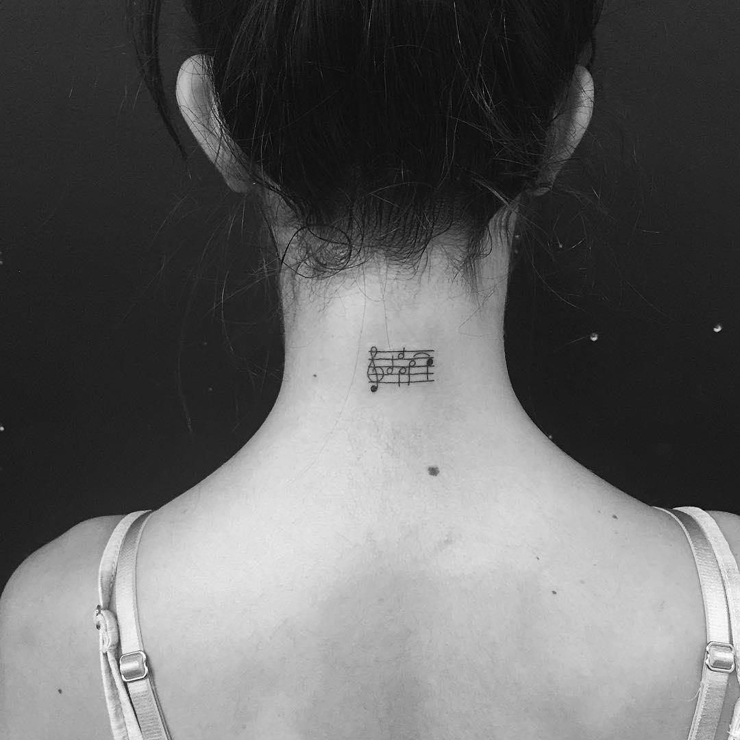 tatuajes-minimalistas-jonboy-west4tattoo (1)