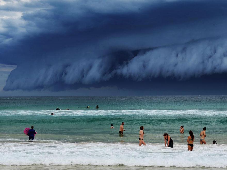 """tsunami de nubes"" Enorme-tsunami-nubes-sydney-australia-1"