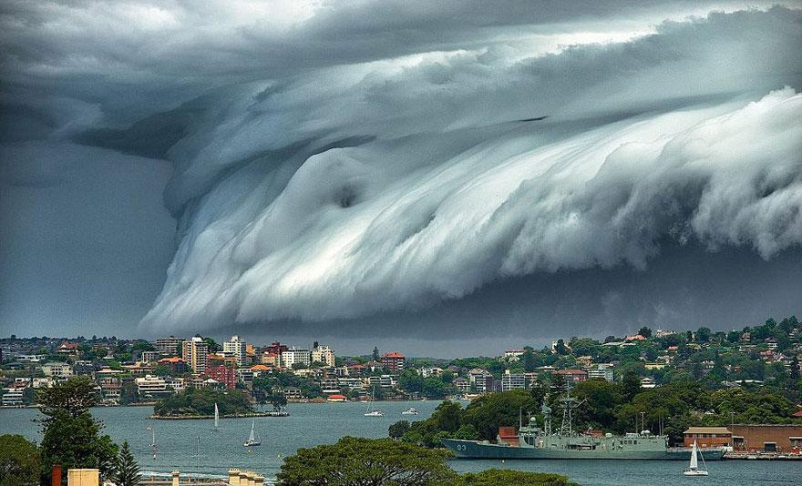 """tsunami de nubes"" Enorme-tsunami-nubes-sydney-australia-3"