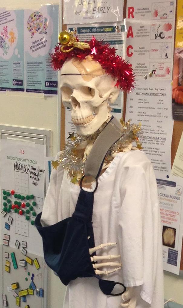 10 Decoraciones navideñas en hospitales que muestran la creatividad de médicos y enfermeros