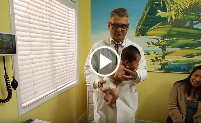 Un pediatra con 30 años de experiencia revela cómo calmar a un bebé llorando en unos segundos