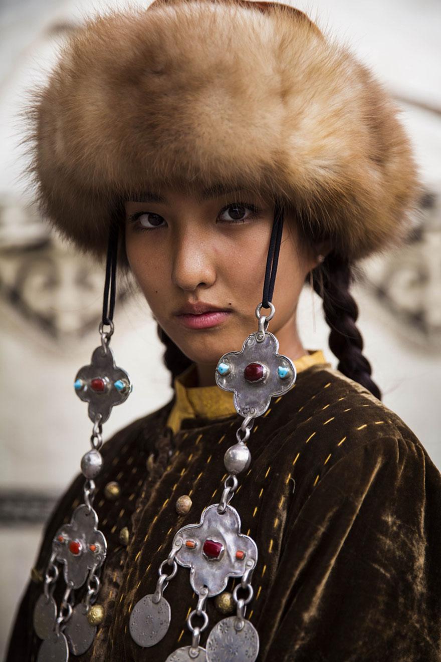 atlas-belleza-retratos-mujeres-mundo-mihaela-noroc-2 (14)