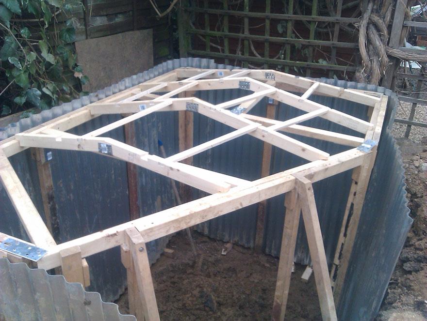 Cómo construir un agujero hobbit en tu jardín   Bored Panda