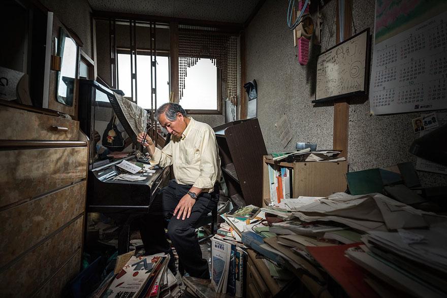 fotos-antiguos-habitantes-ciudad-fantasma-fukushima (5)