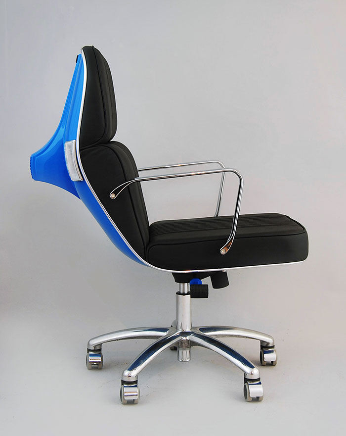 Viejas motos vespa convertidas en modernas sillas de for Sillas modernas 2016