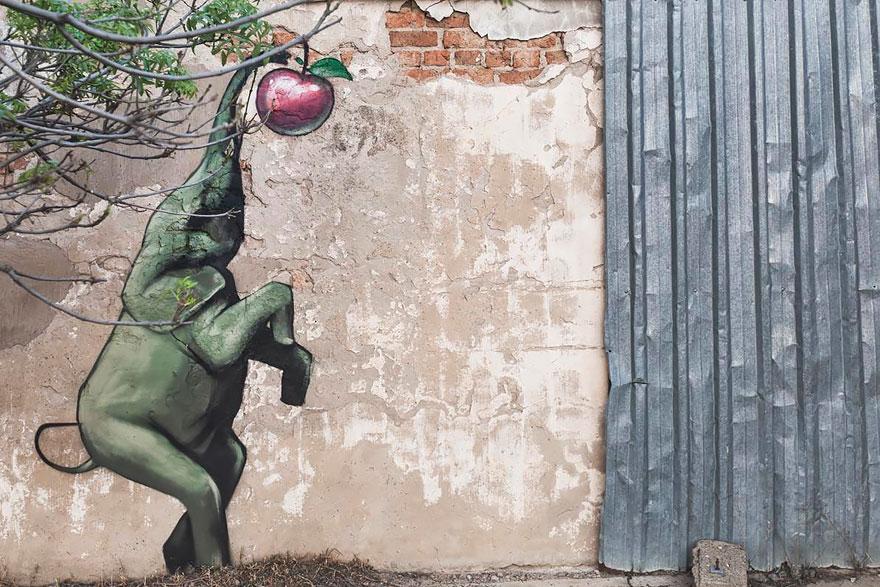 Estos graffitis de elefantes en pueblos sudafricanos dan esperanza a la gente