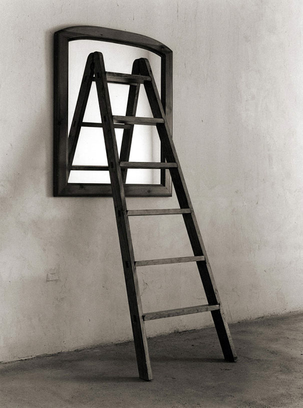 fotos-surreales-blanco-negro-chema-madoz (12)