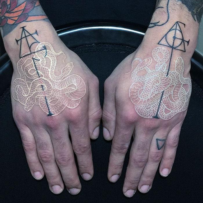 tatuajes-serpientes-blanco-negro-mirko-sata (3)