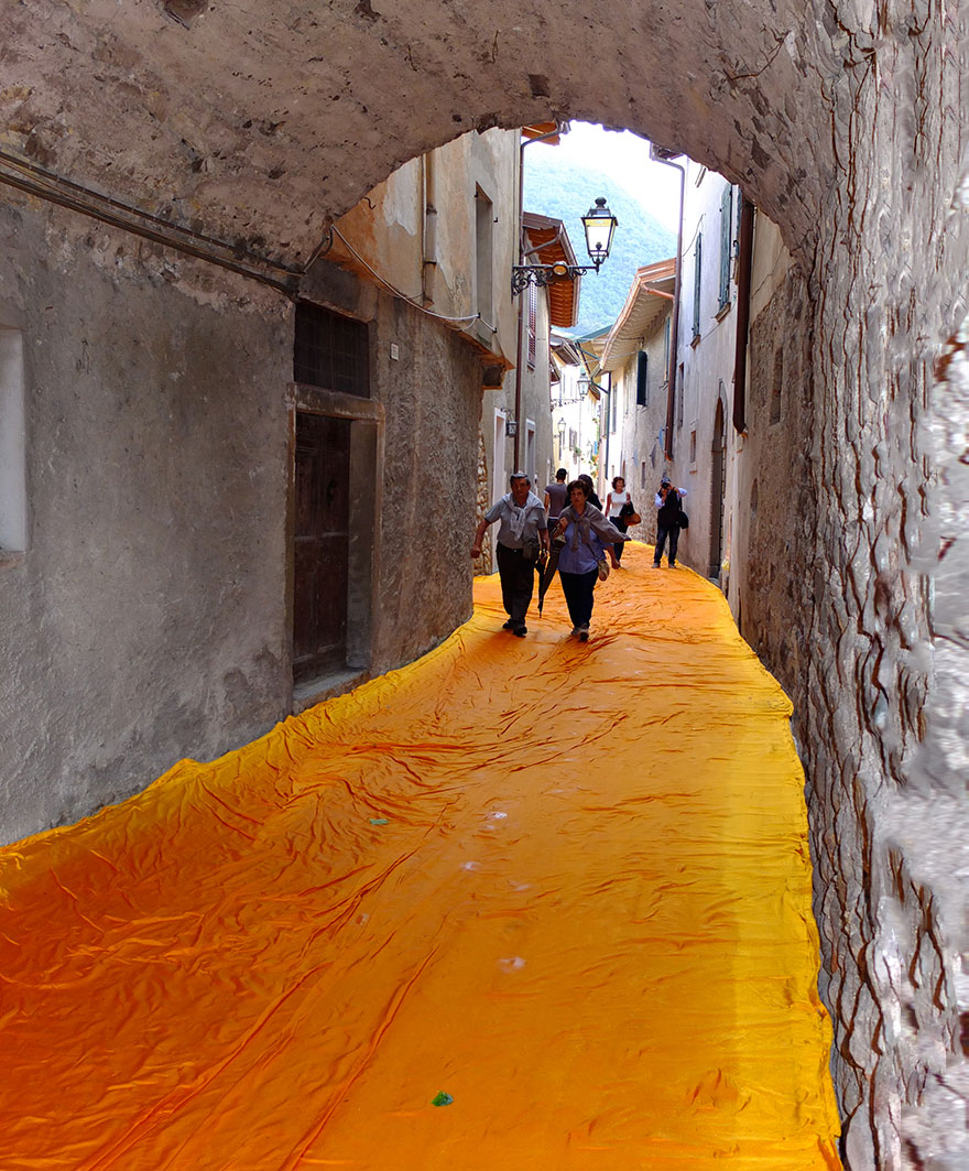 instalacion-artistica-embarcaderos-flotantes-christo-jeanne-claude-italia (7)