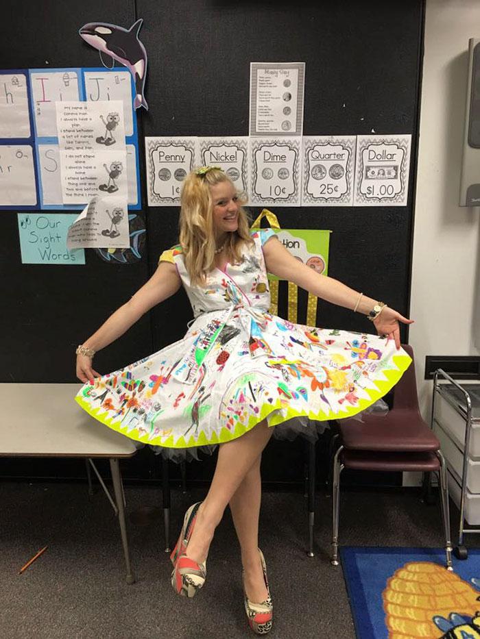 vestido-profesora-pintado-alumnos-chris-castlebury (4)