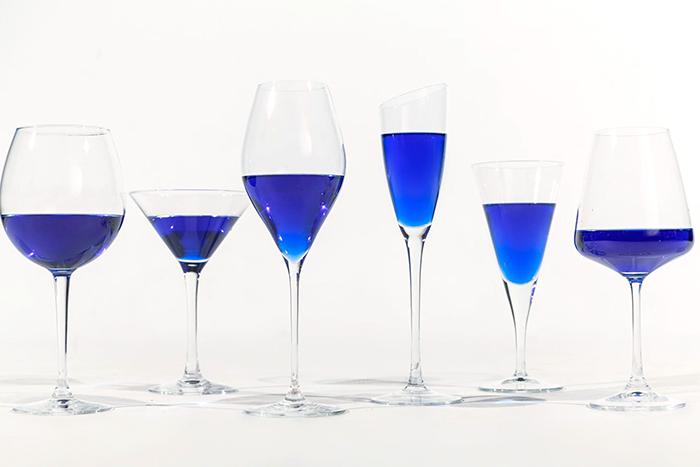 vino-azul-gik-espana (1)