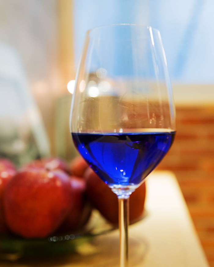 vino-azul-gik-espana (5)