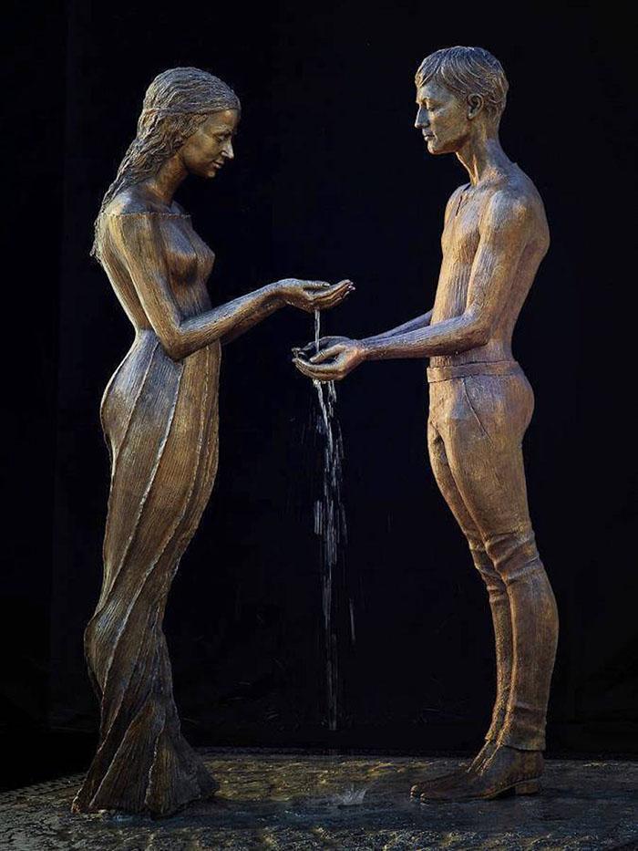 esculturas-bronce-fuentes-agua-malgorzata-chodakowska (7)