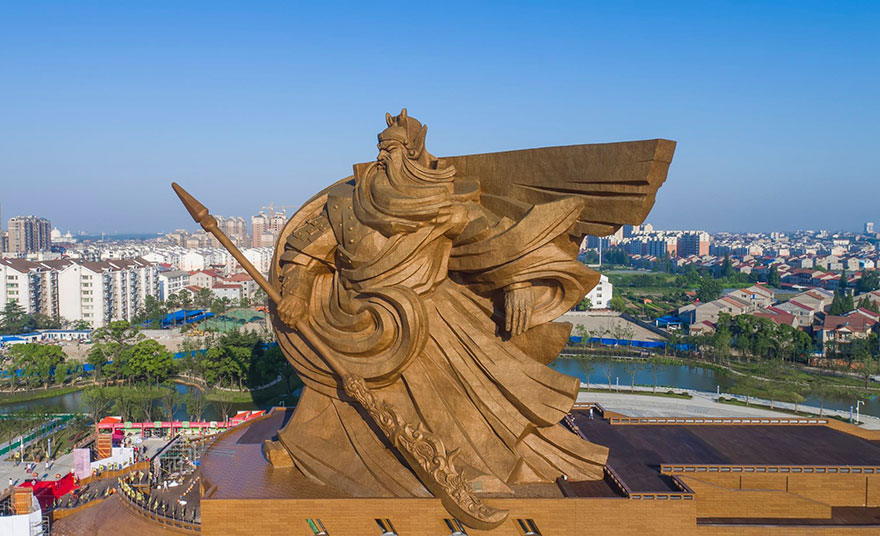 estatua-gigante-dios-guerra-guan-yu-china (1)