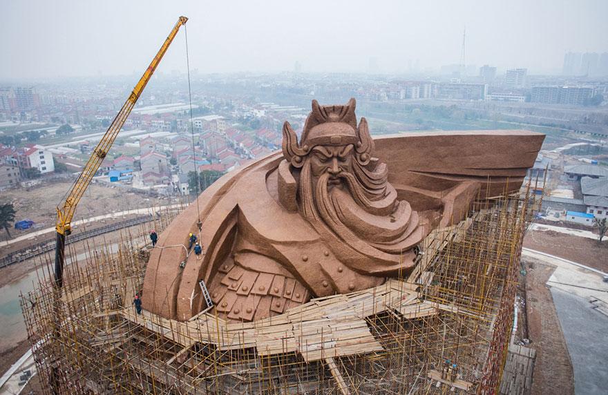 estatua-gigante-dios-guerra-guan-yu-china (4)