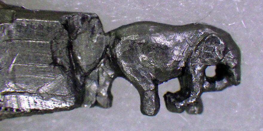 familia-elefantes-tallada-lapicero-cindy-chinn (17)