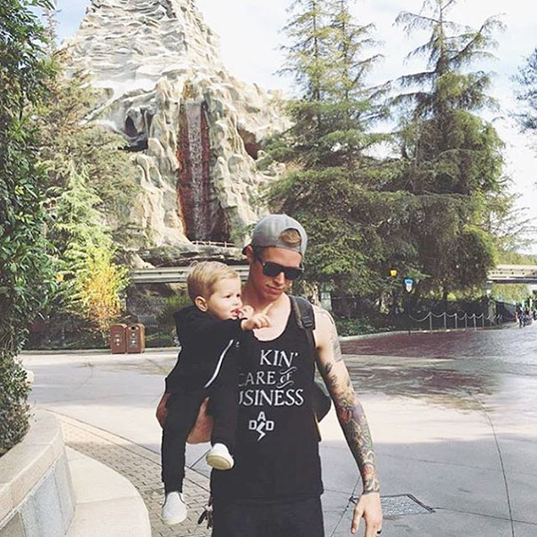 padres-tios-buenos-disneylandia-instagram (11)