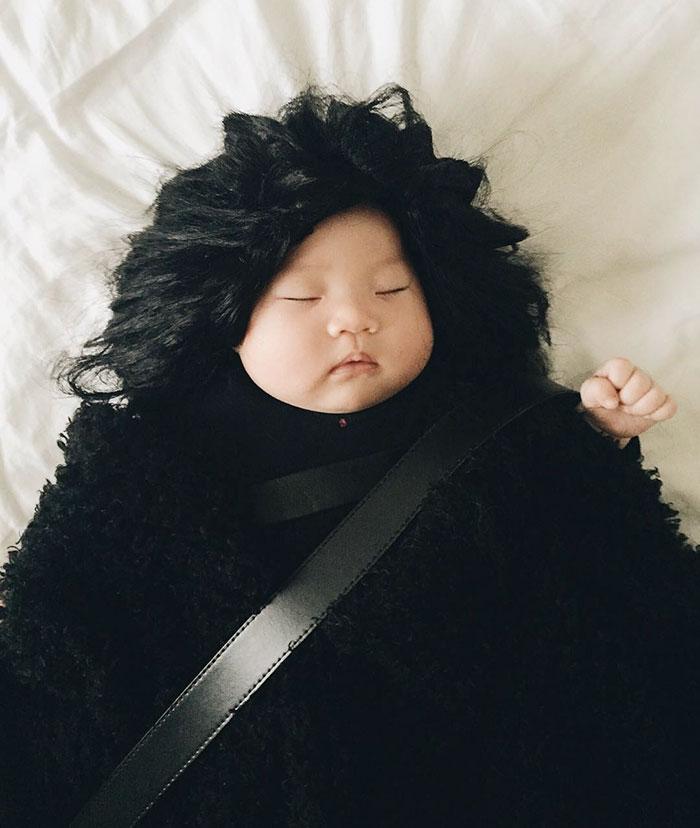 cosplay-bebe-durmiendo-laura-izumikawa-choi (7)