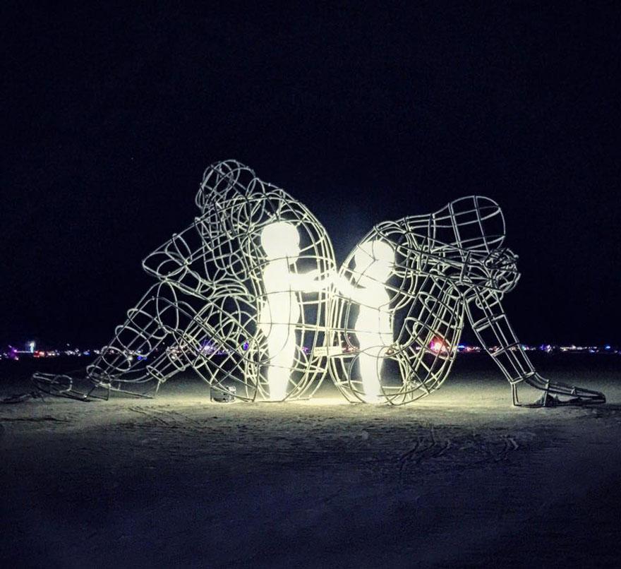 estatuas-esculturas-creativas-mundo-2 (5)