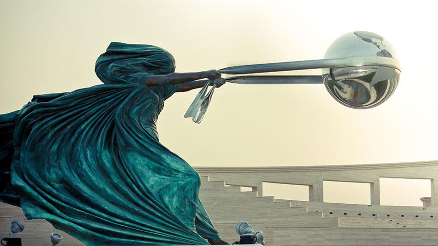 estatuas-esculturas-creativas-mundo-2 (7)
