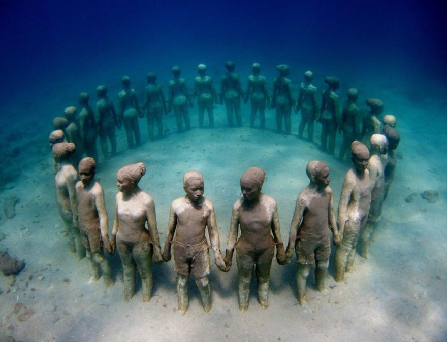 estatuas-esculturas-creativas-mundo-2 (9)