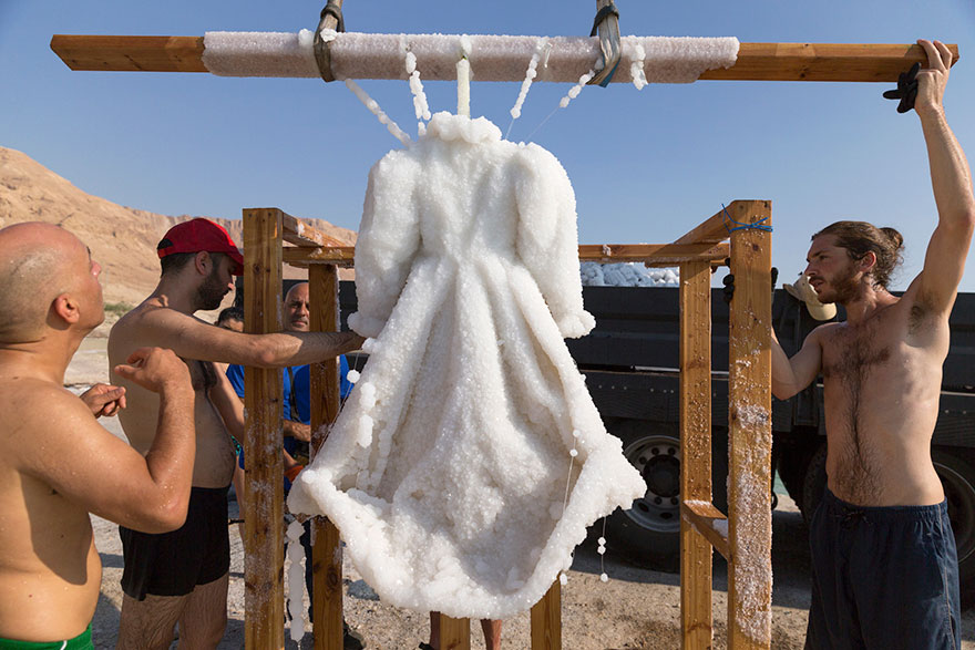 vestido-sal-mar-muerto-sigalit-landau (1)