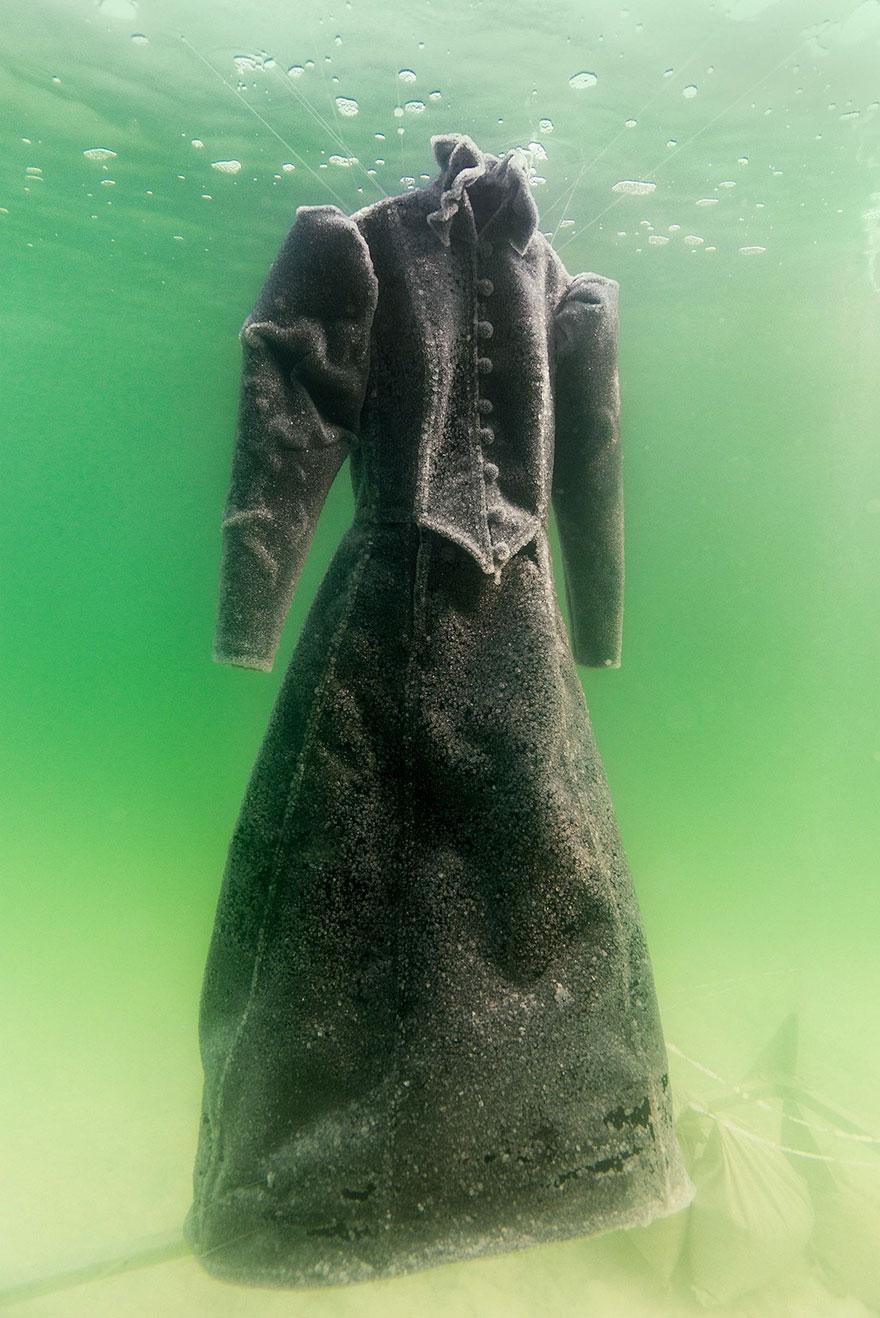 vestido-sal-mar-muerto-sigalit-landau (4)