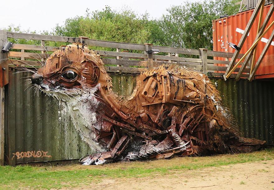 esculturas-animales-chatarra-reciclada-artur-bordalo-2 (8)