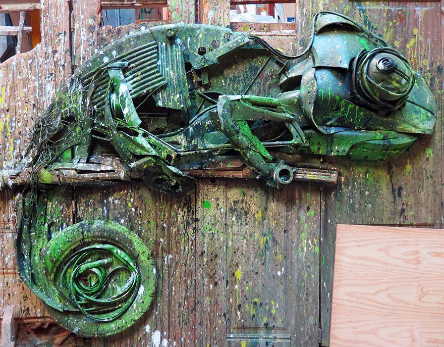 esculturas-animales-chatarra-reciclada-artur-bordalo-2 (9)