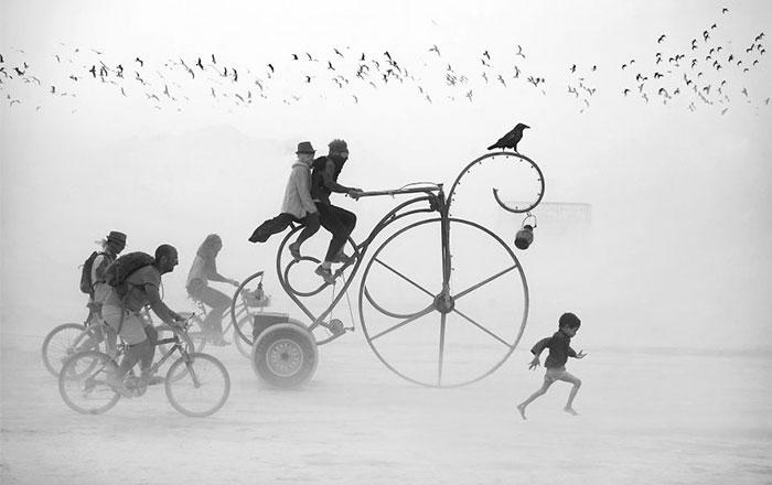 Surreales fotos del festival Burning Man, por Victor Habchy