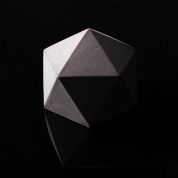 postres-geometricos-diseno-arquitectonico-dinara-kasko (8)