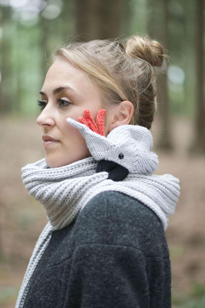 Me dedico a tejer ¡bufandas que muerden! | Bored Panda